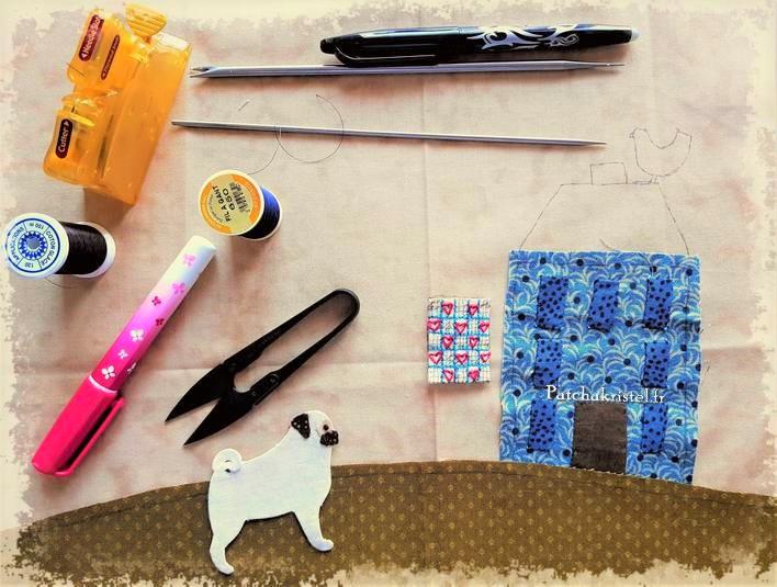 stitched by me lynette anderson patchwork dog fabric pug carlin appliqué quilt sewing room salle de couture boutique quilt shoppe