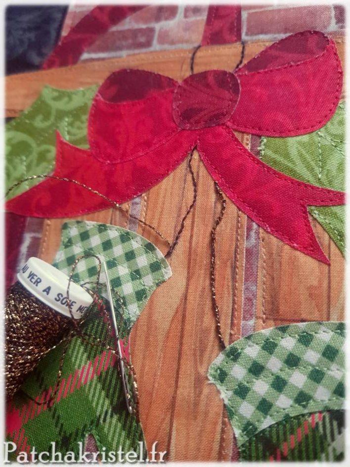 Patchwork de Noël : embelissement avec du fil de ver à soie métallisé